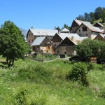 Arrivée à Poingt-Ravier pour le déjeuner sur l'herbe