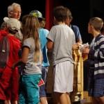 Fin de concert à l'Espace Culturel - Le Savoie de Saint-Michel-de-Maurienne, enfants autour de l'orgue