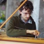 dans le cadre de La Traverse, Damien Desbenoit (accordage) de l'ensemble Watteau